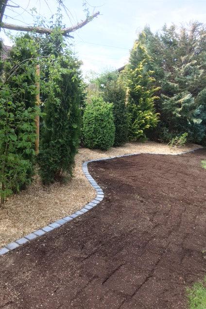 Referenzen von Högg Garten- und Landschaftsbau: Hausgärten